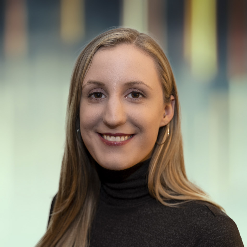 LAURA FRIELINGSDORF CONSULTING ANALYST